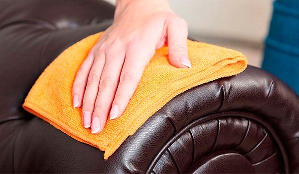 como limpiar sillas de polipiel